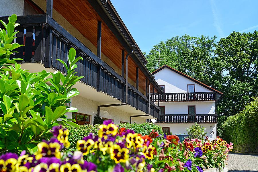 hotel buchwald hotel in esslingen bei stuttgart. Black Bedroom Furniture Sets. Home Design Ideas